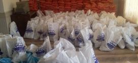 اهدای بسته های مواد غذایی معیشتی با همکاری مجموعه فرهنگی انصارالمهدی